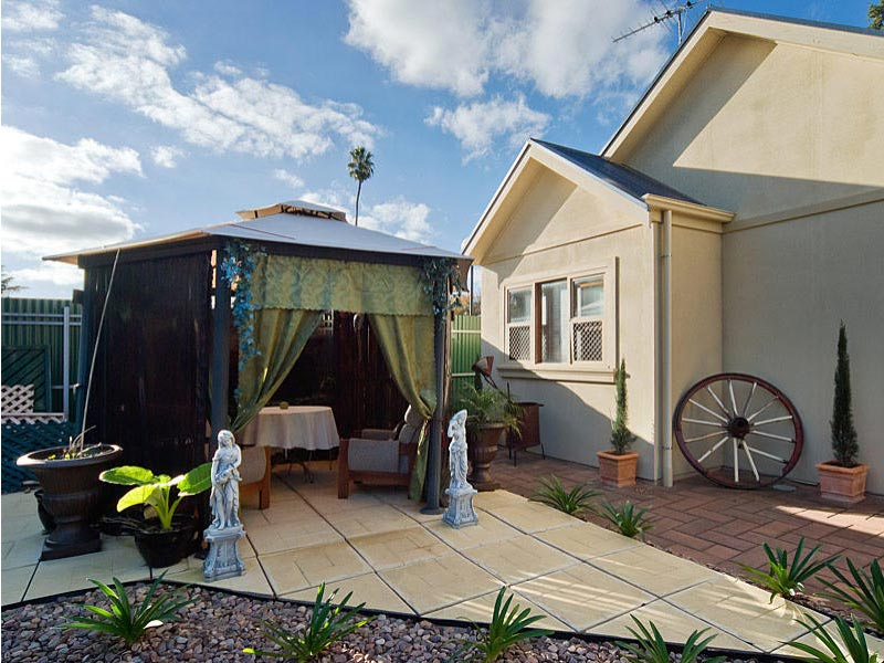 hahndorf holiday accommodation oak villa gazebo