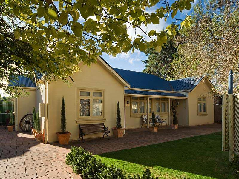 hahndorf holiday accommodation oak villa
