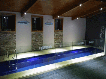 senses day spa lap pool
